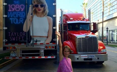 Taylor Swift 1989 Tour Trucks (San Diego, CA) | The JetSet Family